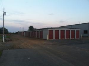 B & R Mini Storage - Tiptonville